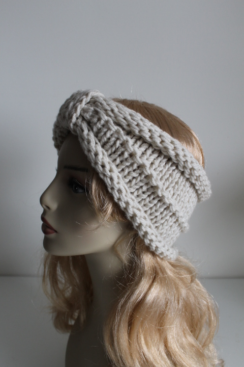Chunky Handmade Knitted Crochet Headband Head Warmer Hat Cap Cream on Luulla